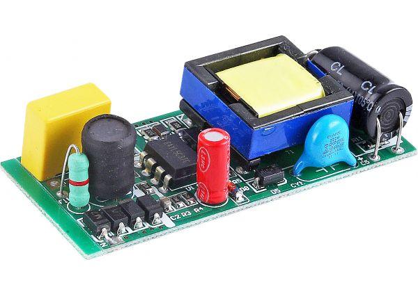 SD 6804D 12-18W - 隔离 高PFC SD680XS系列: - 产品展示 - 中山市华粤盛电子有限公司|古镇电子元件|古镇SMT贴片加工|华盛电子|进口集成电路|直插电子元器件|灯饰电子元件